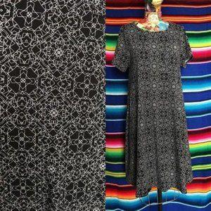 LuLaRoe Geometric Tee Shirt Pocket Midi Dress